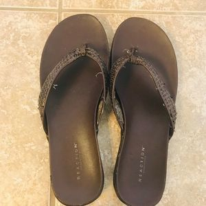 Kenneth Cole Reaction Brown Sandals ❤️